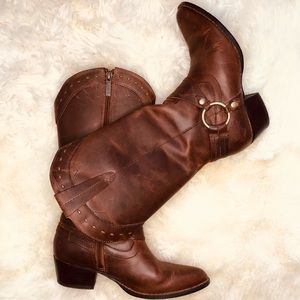 Harley Davidsons harness style brown leather Boots